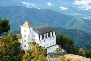Mercure Bana Hills French Village - Đà Nẵng