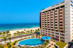 Holiday Beach Đà Nẵng Hotel & Resort - Đà Nẵng