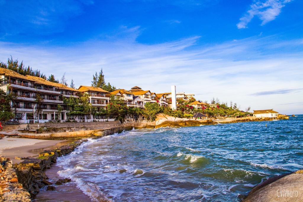 Rock Water Bay Beach Resort & Spa - Phan Thiết