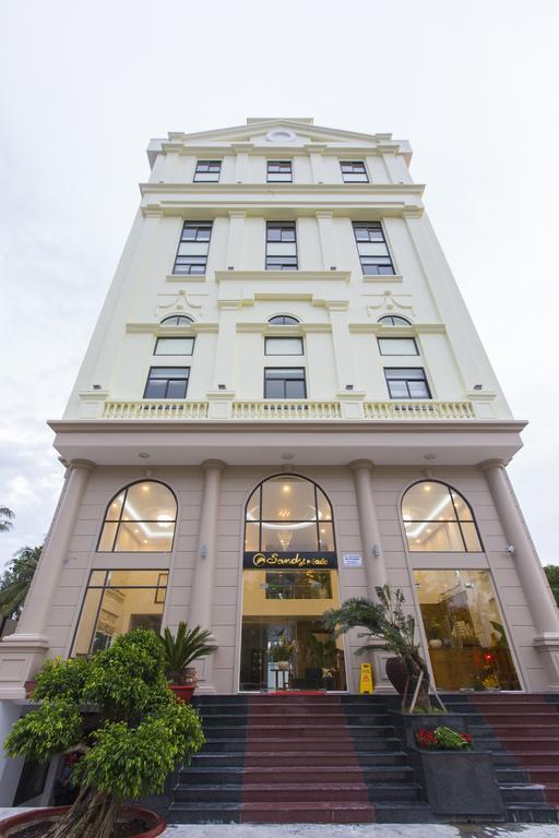 Sandy Phú Quốc Hotel - Phú Quốc
