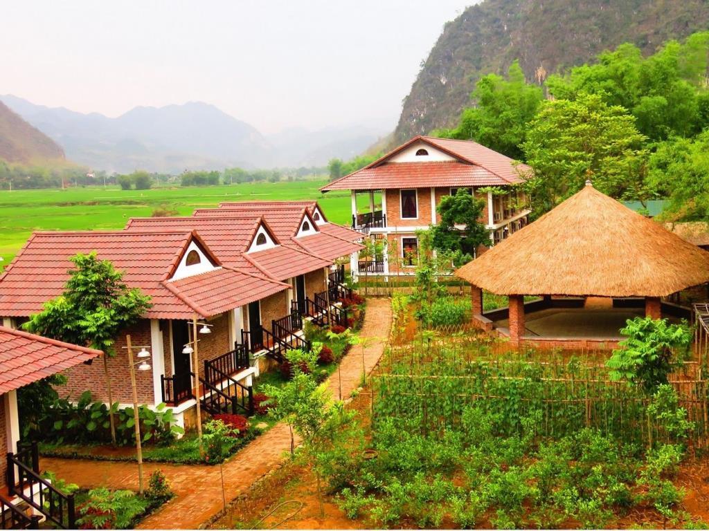Sol Bungalows Resort - Hòa Bình