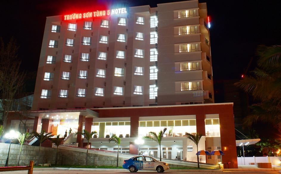 Trường Sơn Tùng 5 Hotel - Đà Nẵng