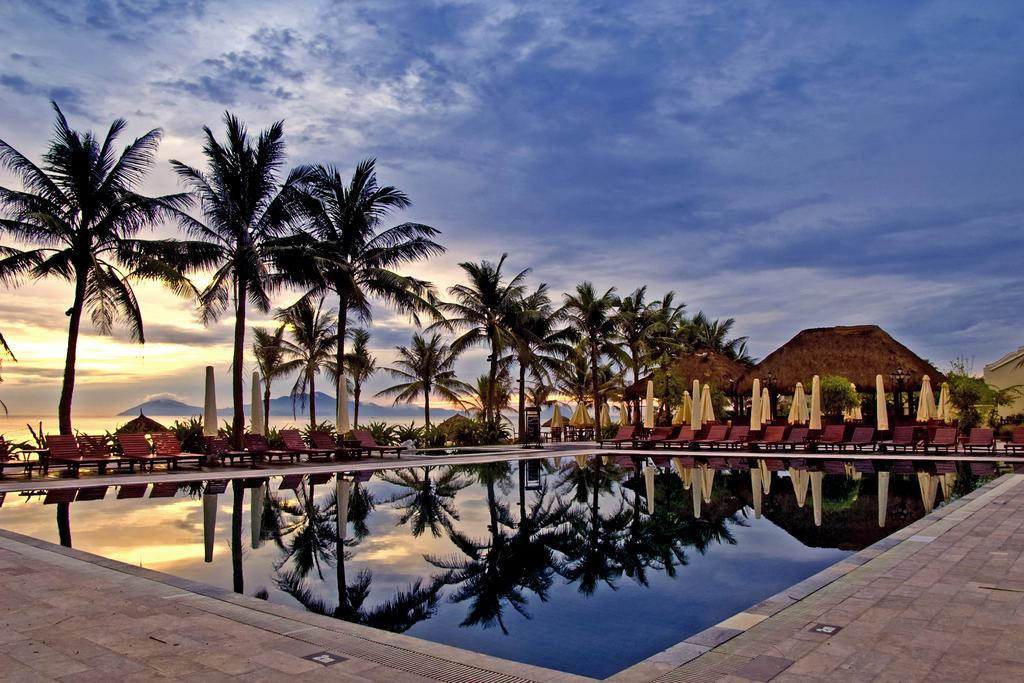 Victoria Hội An Beach Resort & Spa - Hội An
