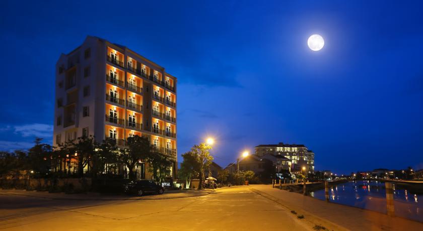 Royal Riverside Hoi An Hotel - Hội An