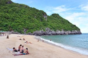 Cát Bà Beach Resort - Cát Bà