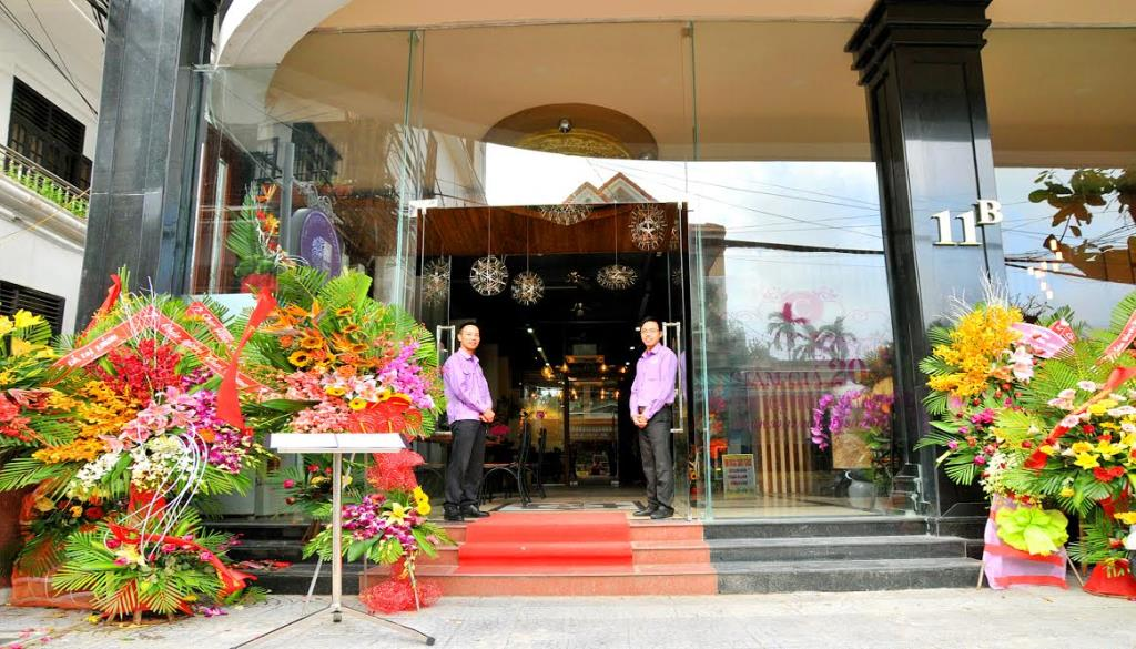 Carnosa Hotel - Huế