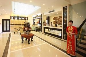 Khách sạn Lạc Long