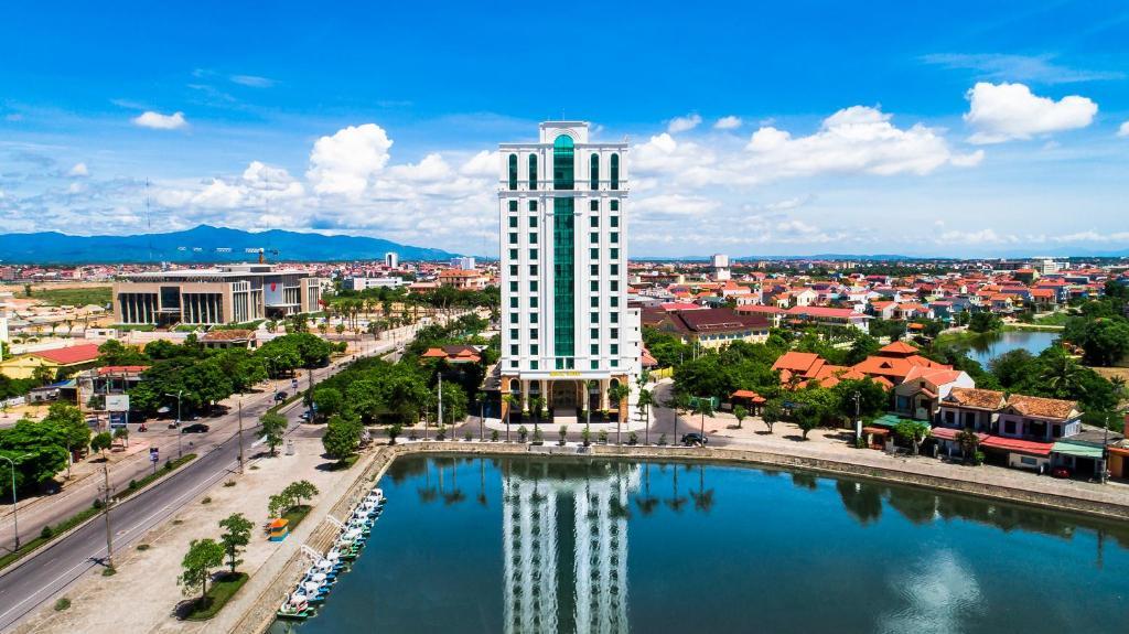 Royal Luxury Hotel Quảng Bình - Quảng Bình