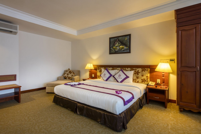 Khách sạn TTC Deluxe Tân Bình