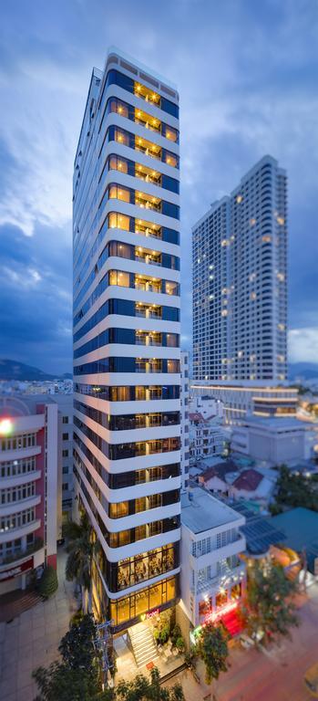 V Hotel - Nha Trang